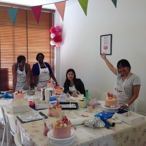 Ganache Drip Cake Students