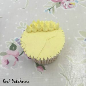 Cupcake Pineapple Tutorial
