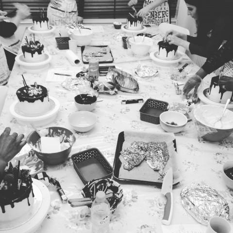 Ganache Drip Cake Class In Action